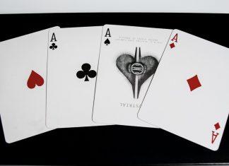 Jak grać w karty przez internet?