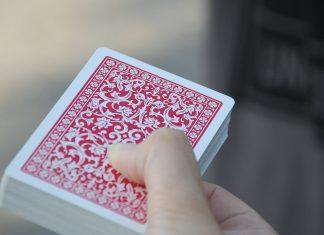 Jak zacząć grać w pokera?